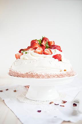 Pavlova fraise & Rhubarbe